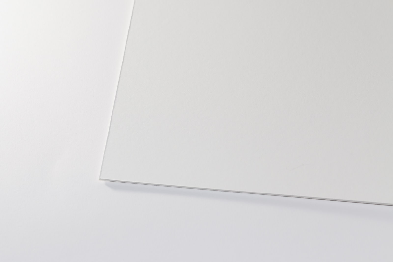 Eine Aufnahme unserer Fließkarton/ Löschkarton in einer Stärke